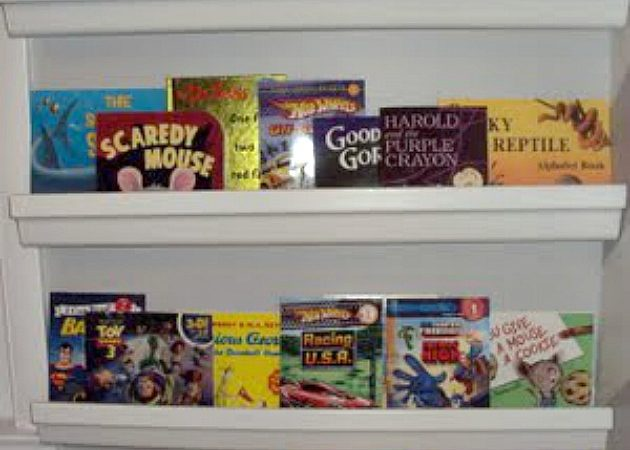 Thrifty Thursday: Bookshelf Wall @ Bargain Price