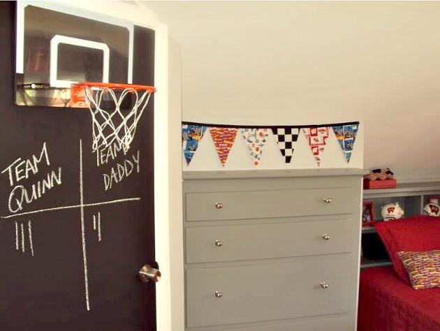 Boy Room \u2013 Red and Gray Chalkboard Door Basketball Hoop No Sew Fabric Bunting & Boy Room - Red and Gray Chalkboard Door Basketball Hoop No Sew ... Pezcame.Com