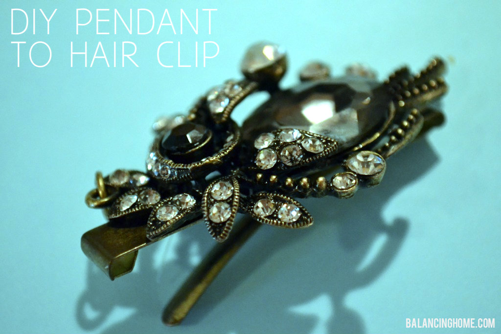 Styled by Tori Spelling DIY hair clip