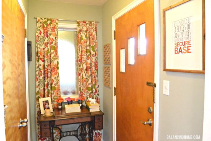 Front Entryway Makeover with Old Sewing Table