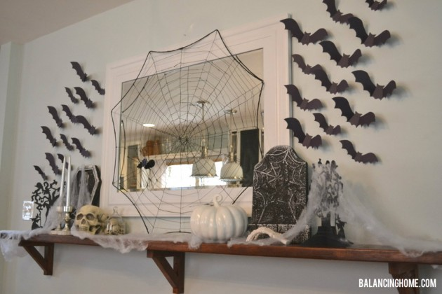 http://www.balancinghome.com/2012/10/halloween-mantle.html