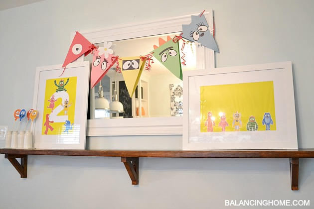 Simple And Affordable Yo Gabba Birthday Decorations Using Construction Paper Free Printables Wrapping