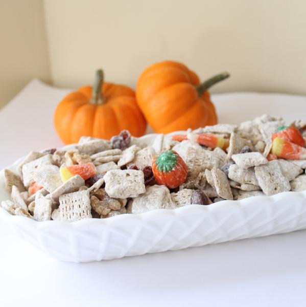 pumpkin+spice+trail+mix-002
