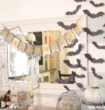 A Spooky Halloween Mantle