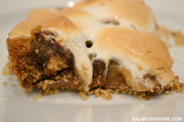 GLUTEN-FREE-SMORE-CHOCOLATE-CHIP-COOKIE-BARS-4