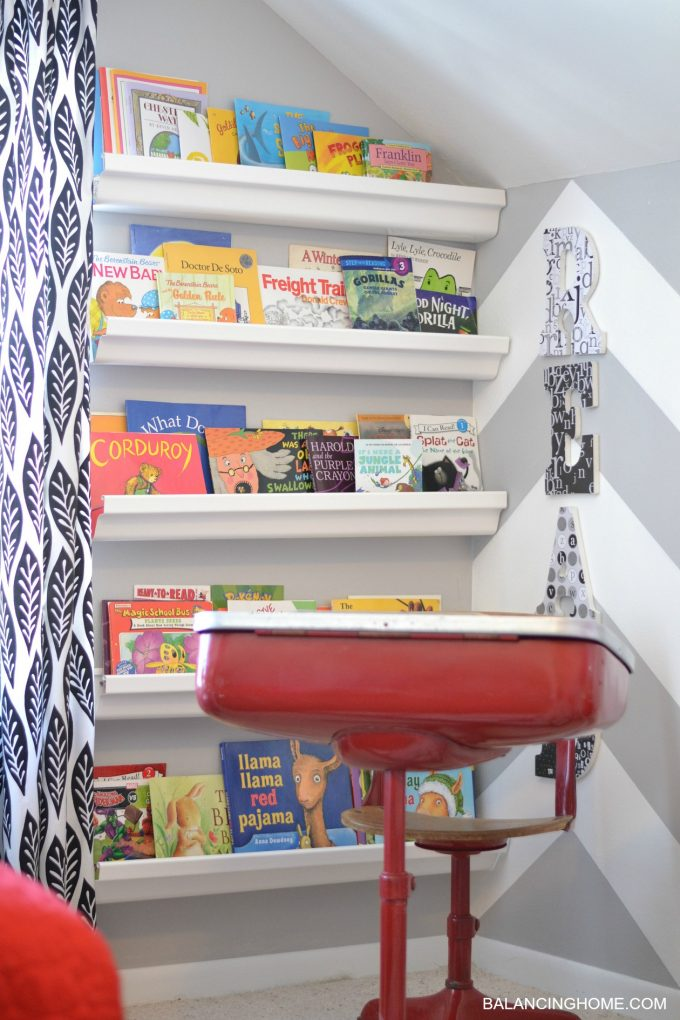 GUTTER-BOOKSHELVES-BOY-ROOM