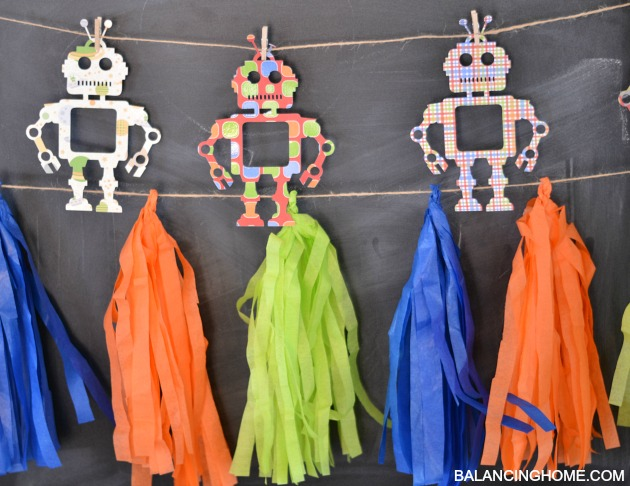ROBOT-BIRTHDAY-GARLAND