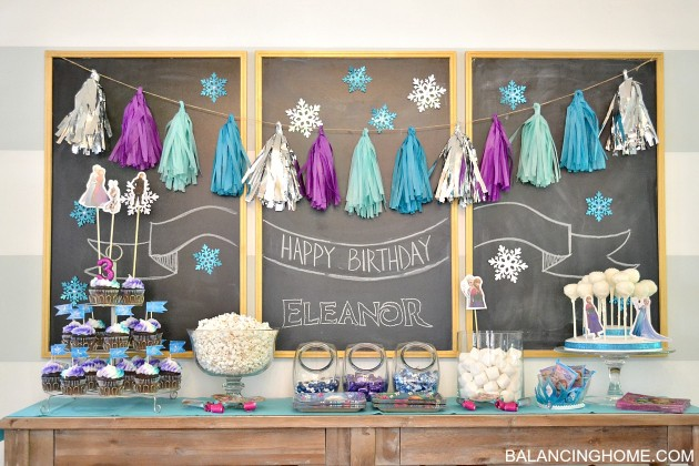 frozen-dessert-table-2