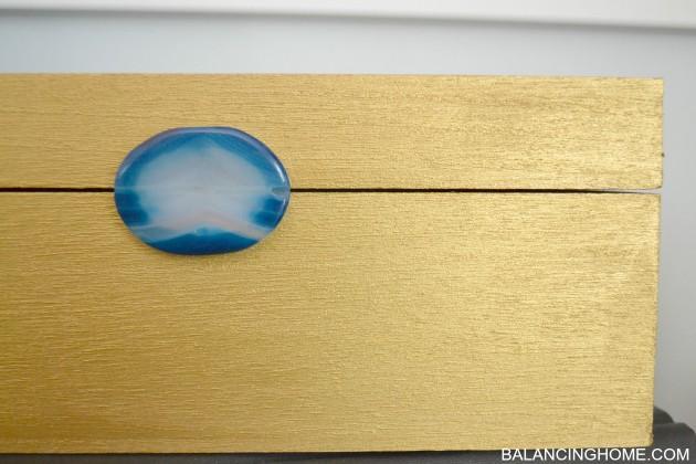 DIY-JEWELED-DESKTOP-BOX