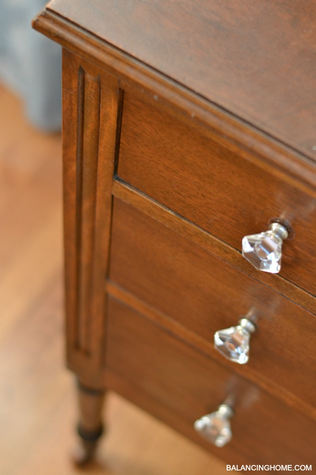 GOODWILL-NIGHTSTAND-MAKEOVER-2