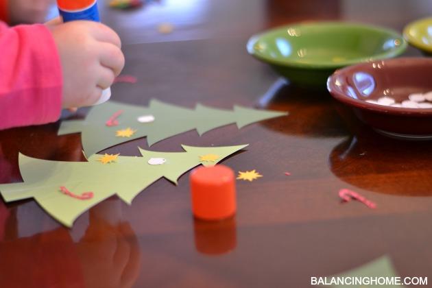 kid-craft-christmas-tree-bar-10