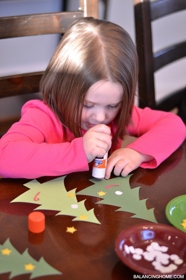 kid-craft-christmas-tree-bar-8