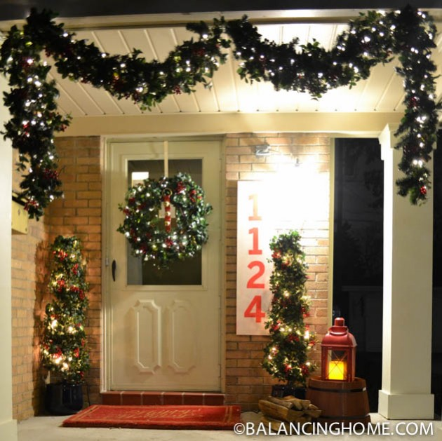 CHRISTMASO-FRONT-PORCH-21