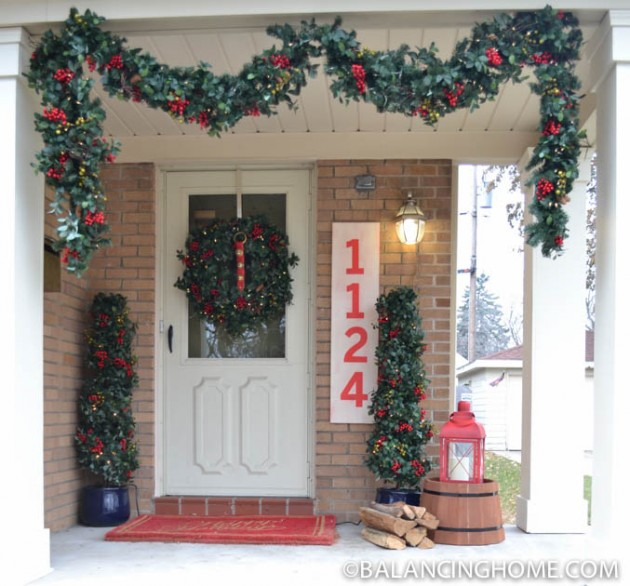 CHRISTMASO-FRONT-PORCH-23