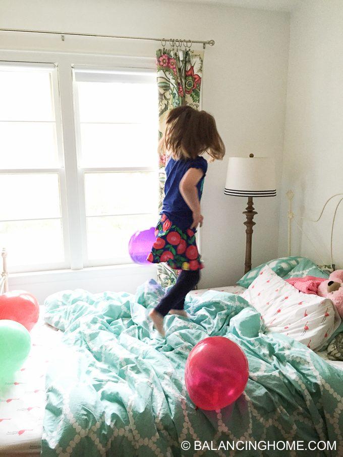 girl-pink-flower-pancake-breakfast-birthday-party-18
