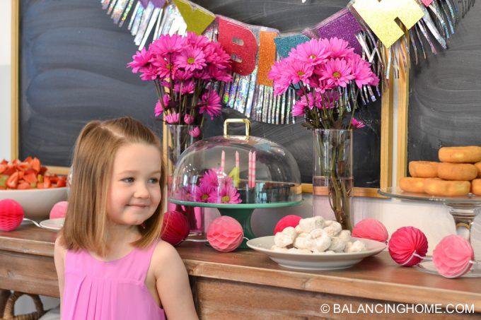 girl-pink-flower-pancake-breakfast-birthday-party-4