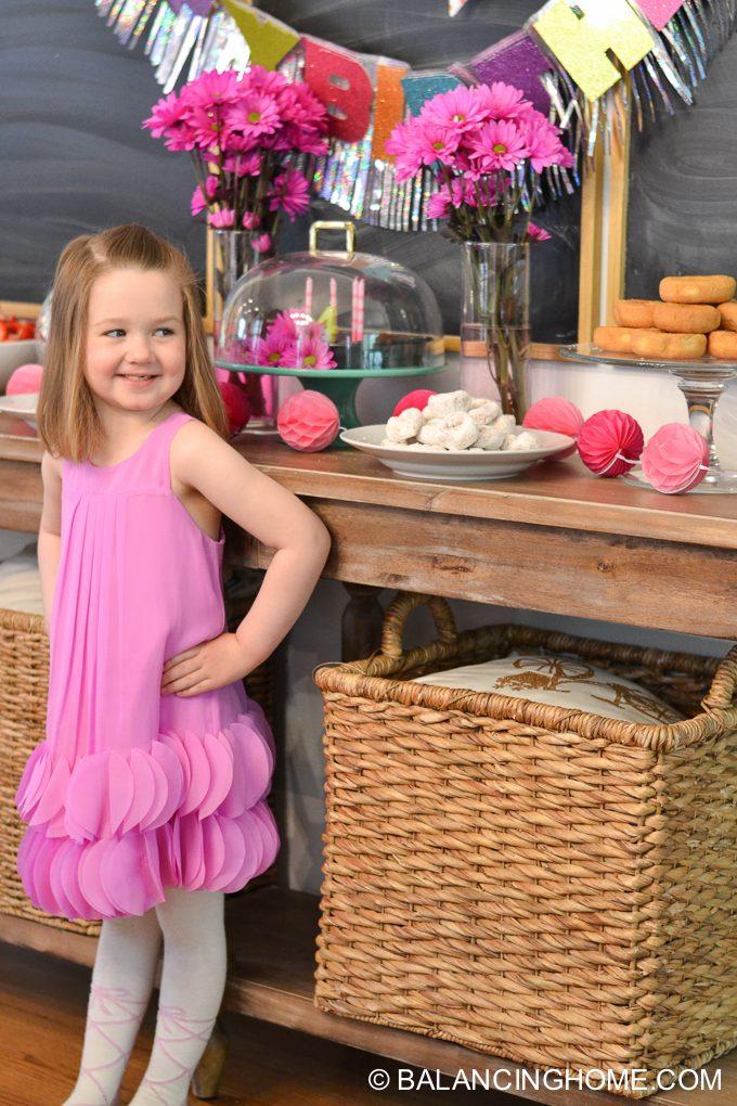 girl-pink-flower-pancake-breakfast-birthday-party-5