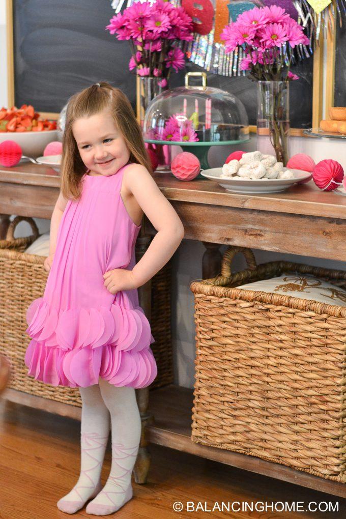 girl-pink-flower-pancake-breakfast-birthday-party-7