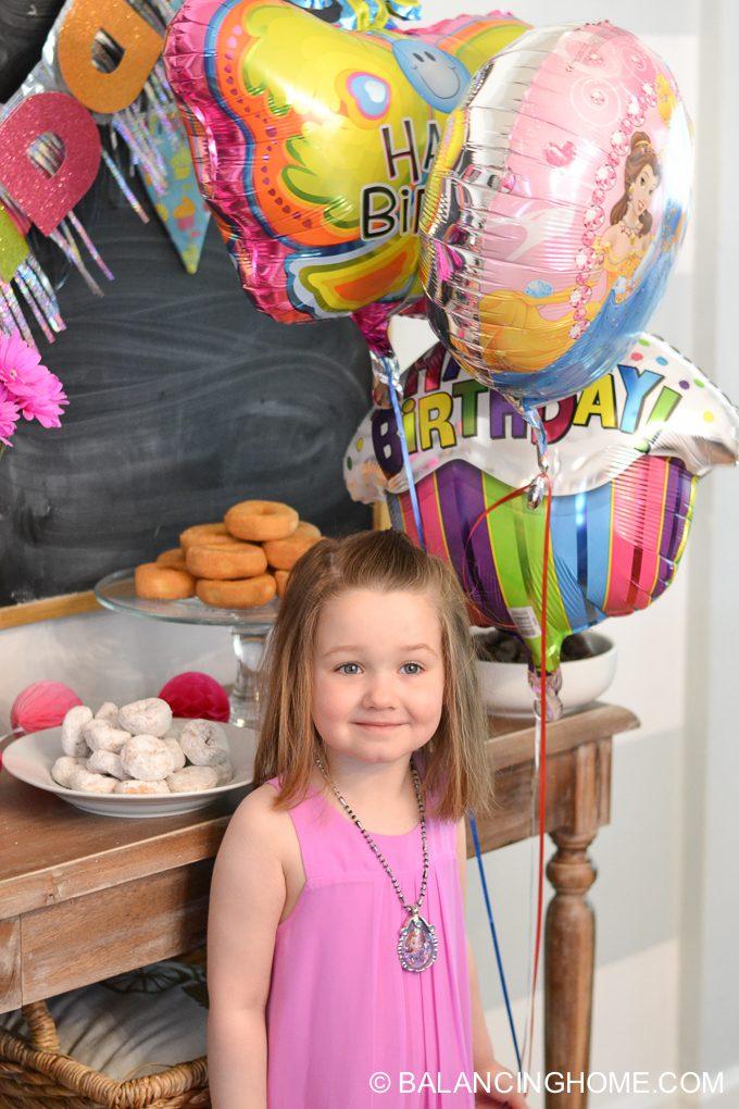 girl-pink-flower-pancake-breakfast-birthday-party-8