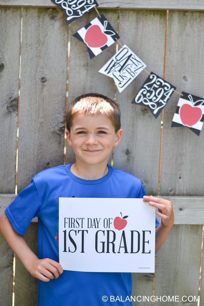 first-day-of-school-signs-back-to-school-bunting-printable-13