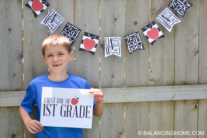 first-day-of-school-signs-back-to-school-bunting-printable-14