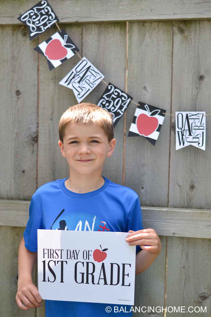 first-day-of-school-signs-back-to-school-bunting-printable-16