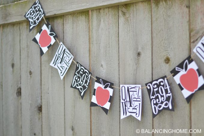 first-day-of-school-signs-back-to-school-bunting-printable-17