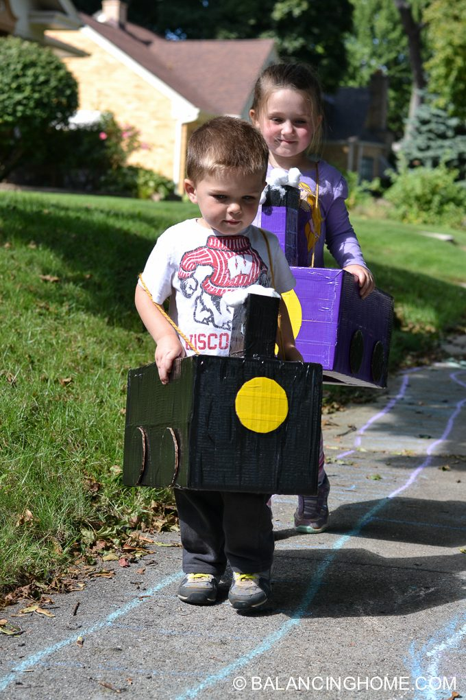 DIY-Train-costume-diaper-box-1