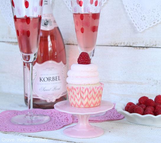 champagne_raspberry_cupcake1