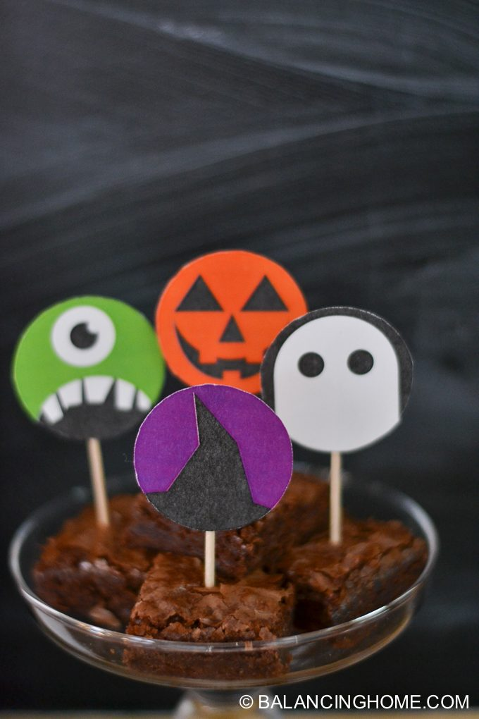 halloween-printable-party-bunting-cupcake-topper-sign-bookmark-22