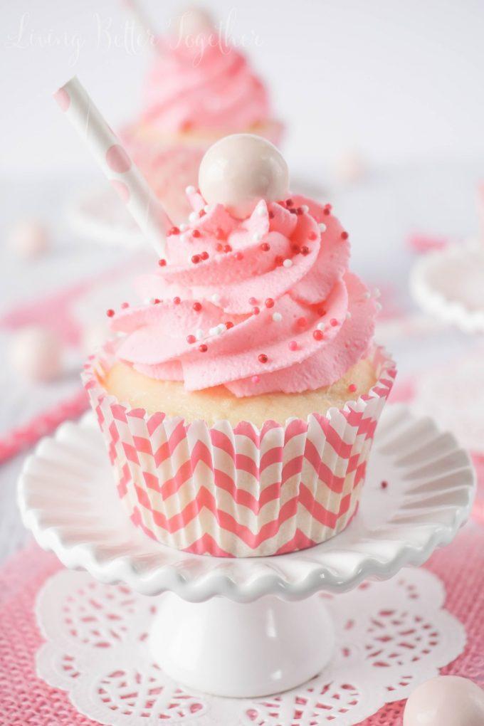 strawberry-milkshake-cupcakes-22