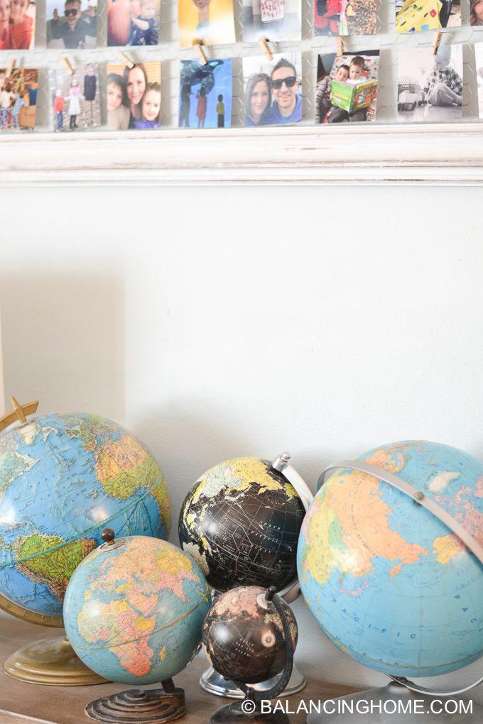 living-room-colorful-globe-instagram-frame-3