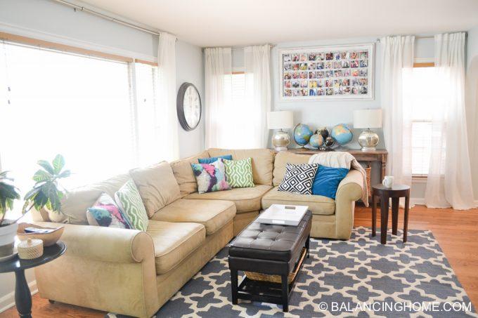 living-room-colorful-globe-instagram-frame-4