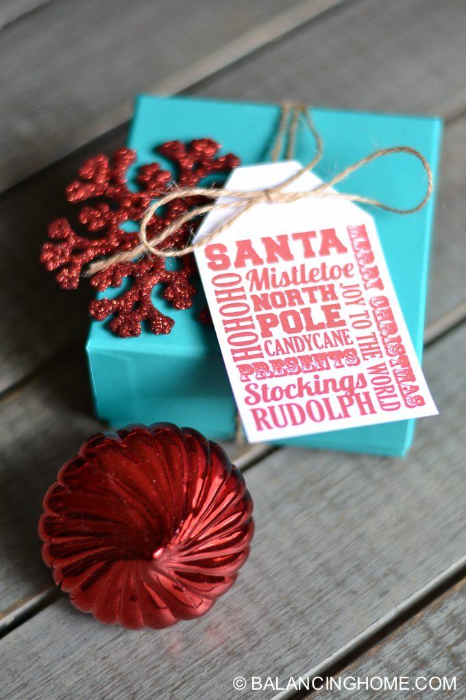 printable-christmas-gift-tag-bag-toppers-1