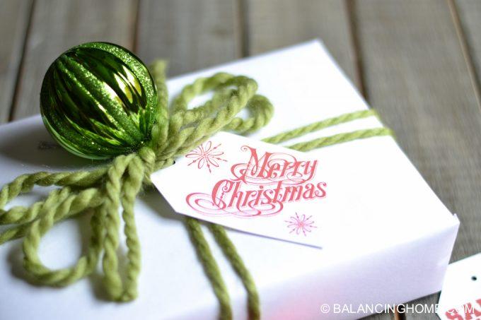 printable-christmas-gift-tag-bag-toppers-6