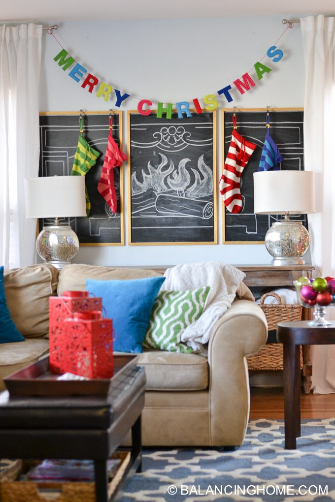 christmas-chalkboard-fireplace-15