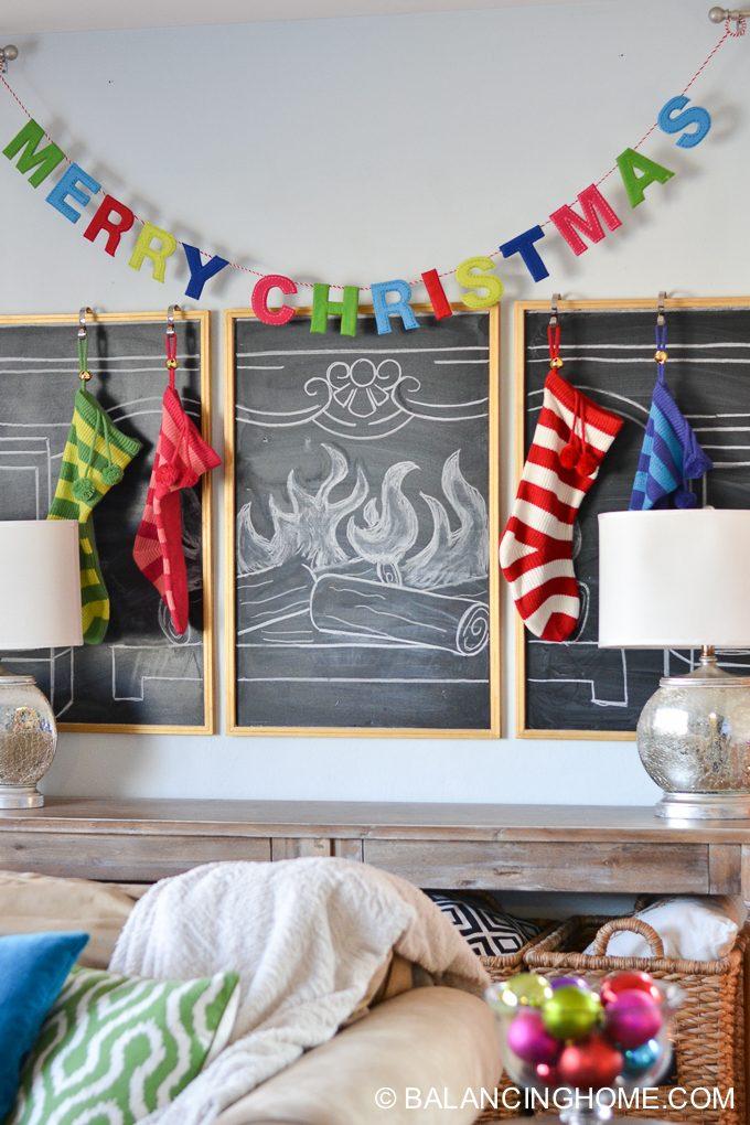 christmas-chalkboard-fireplace-17
