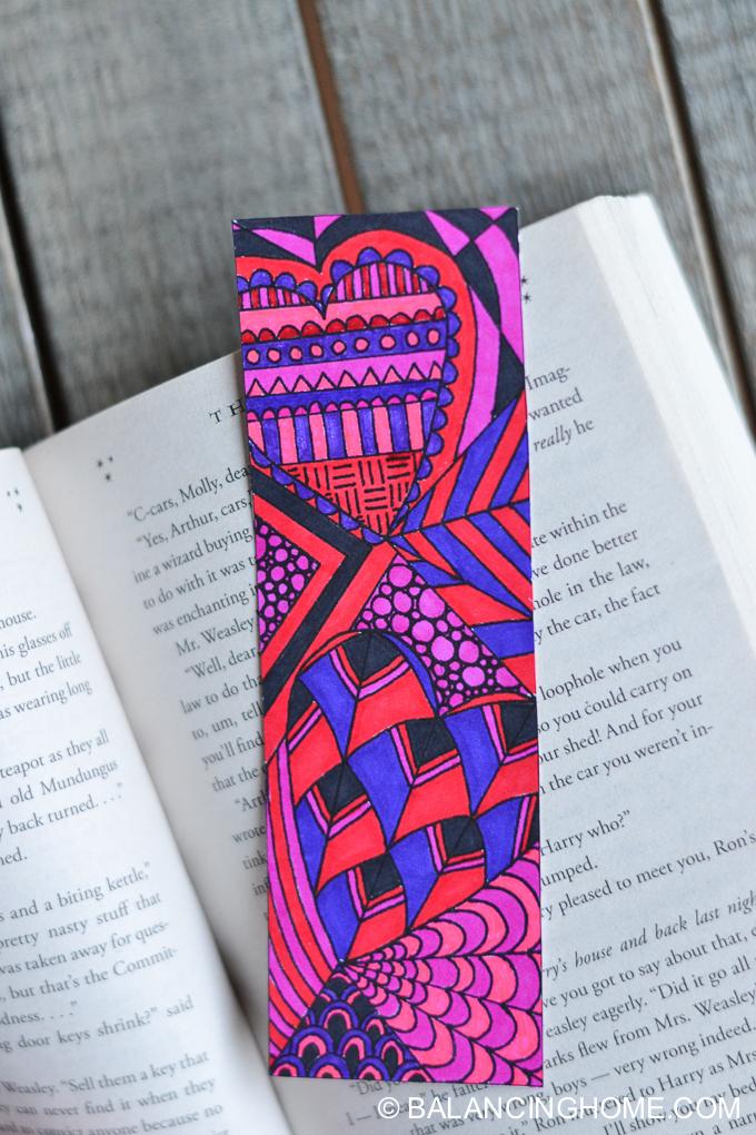 Valentine bookmark coloring printable