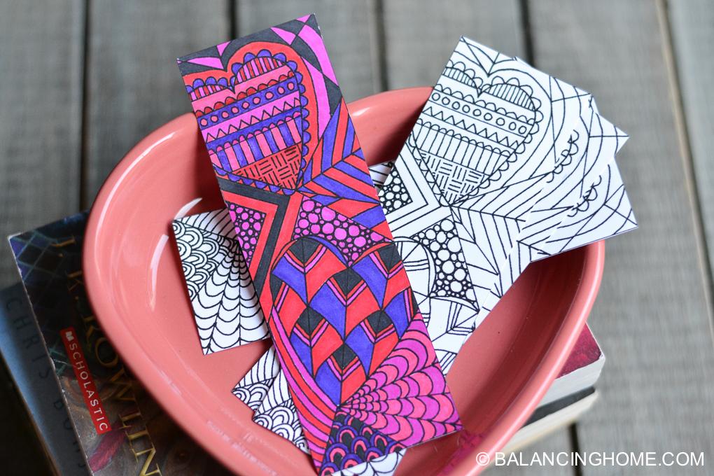 Valentine-coloring-printable-bookmark-2