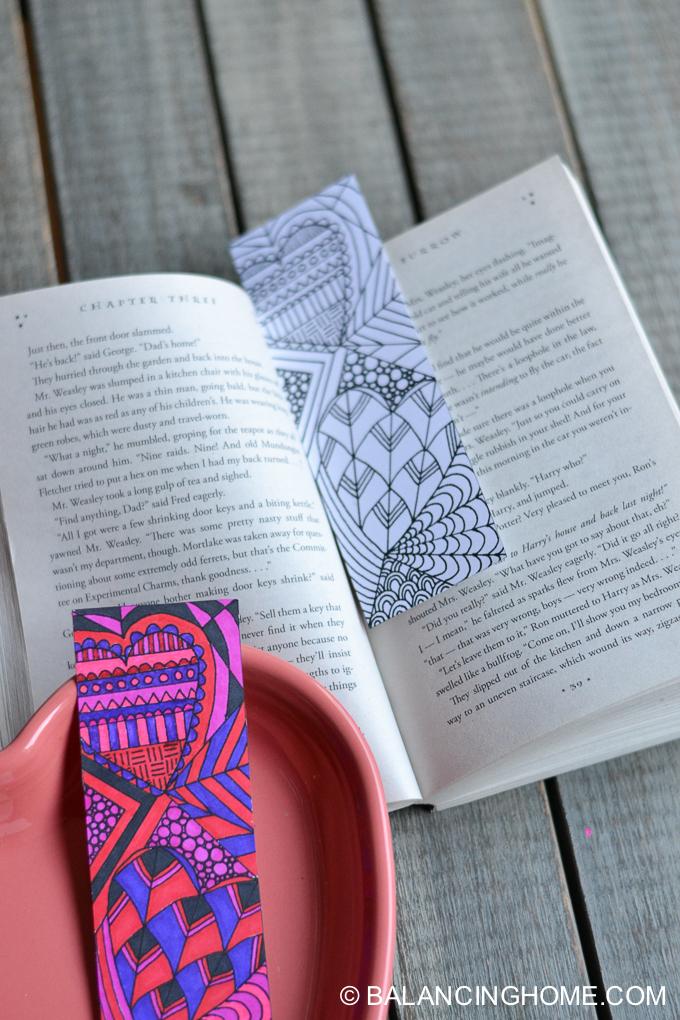 Valentine-coloring-printable-bookmark-7