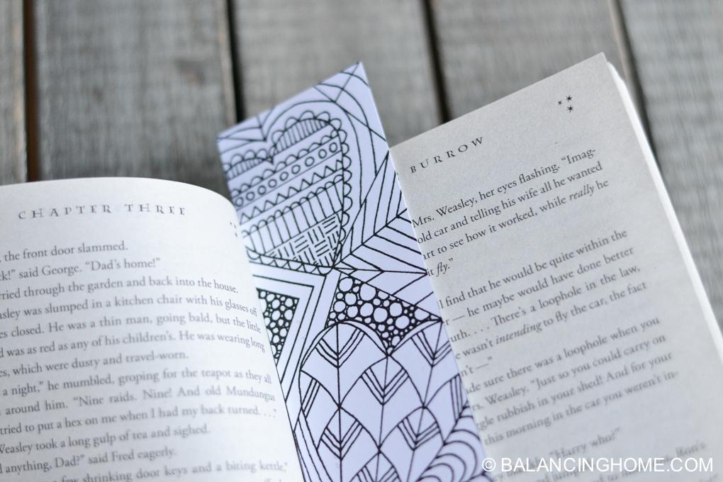 Valentine-coloring-printable-bookmark-8