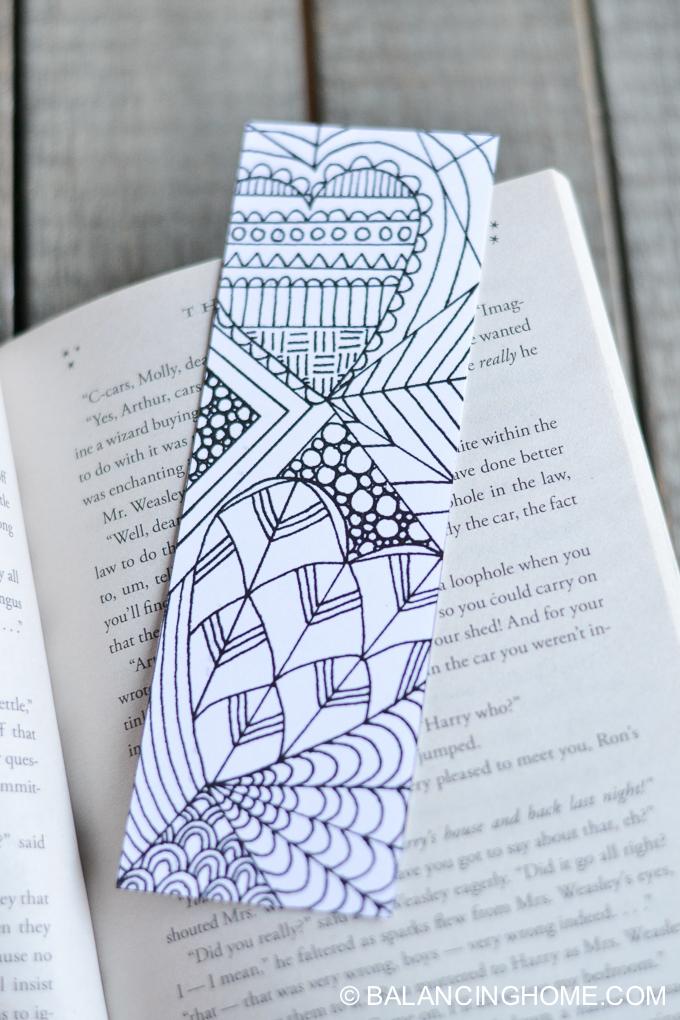 Valentine-coloring-printable-bookmark-9