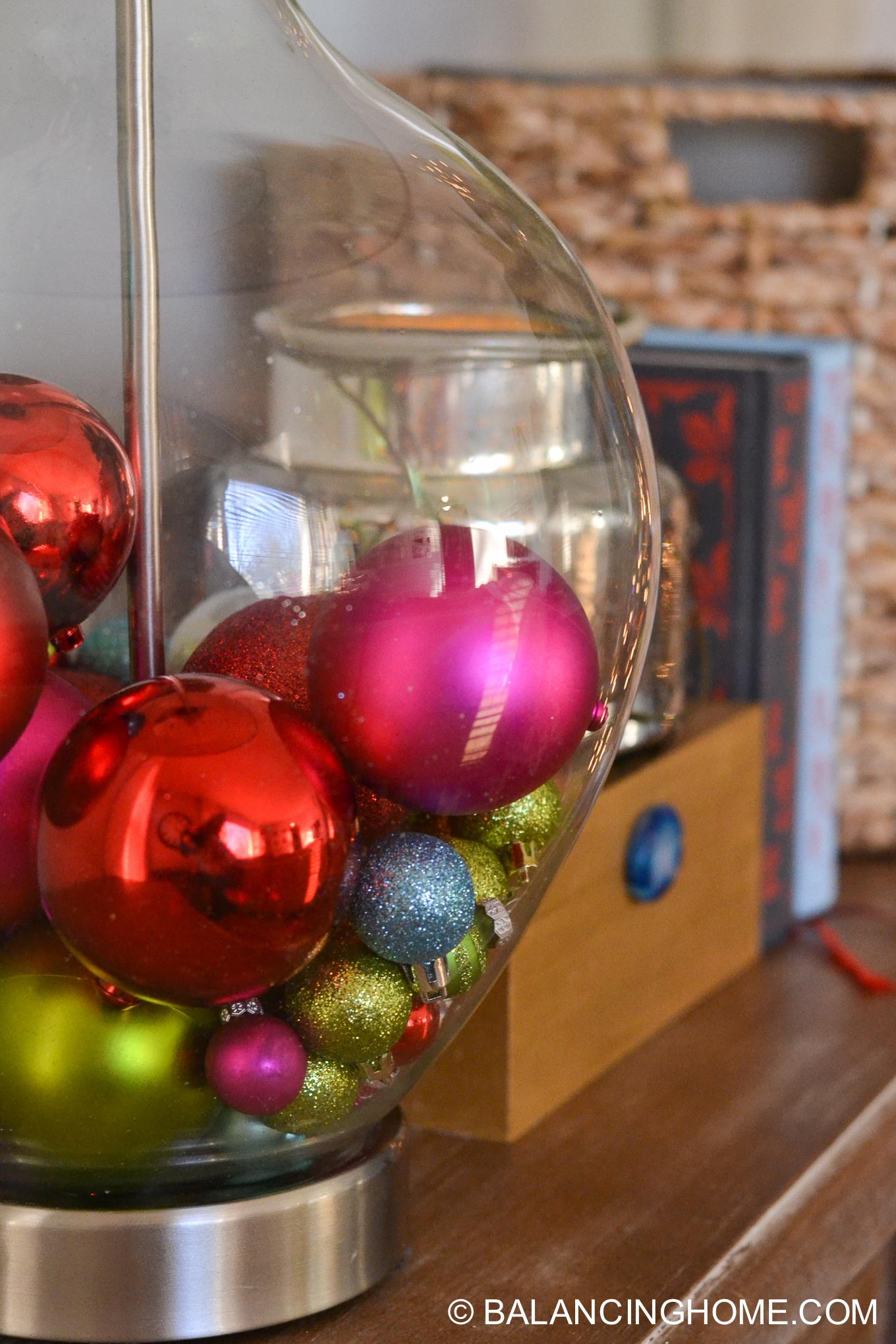 christmas-gallery-wall-printables-and-christmas-tour-7