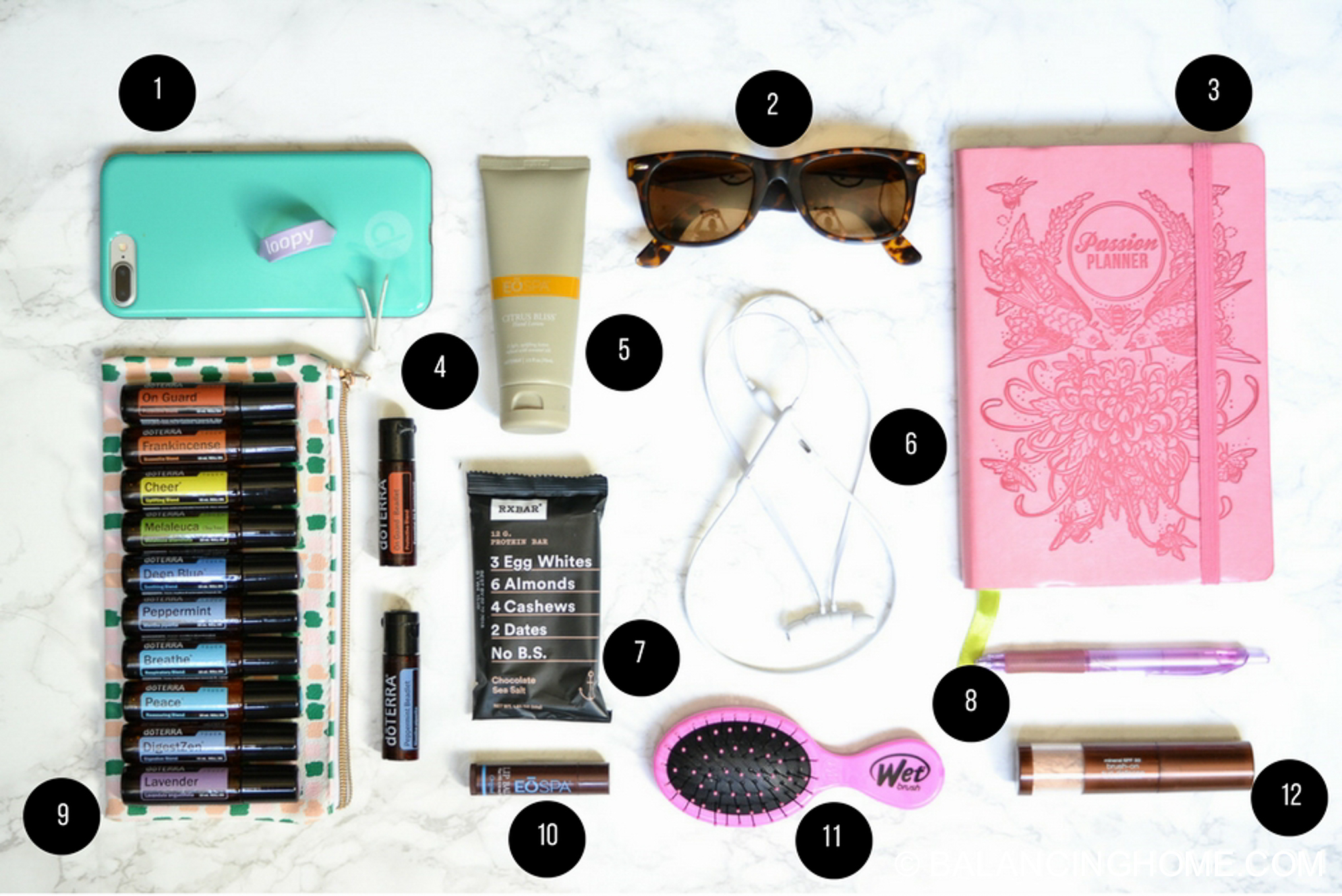 On the go bag Must-haves for busy moms